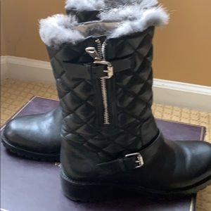 Signature Vince Camuto boots